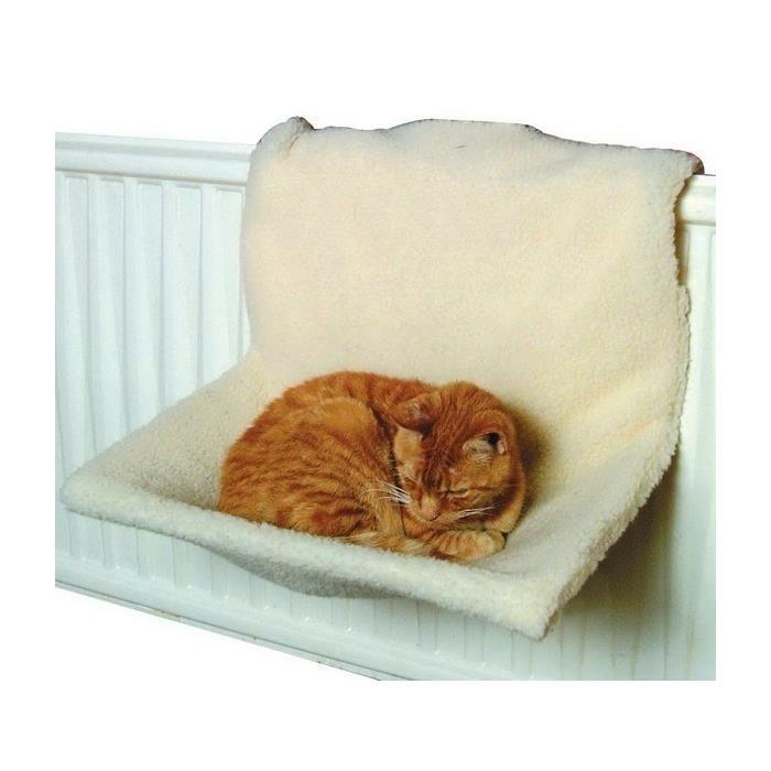 Из чего сделать кровать для кошки своими руками